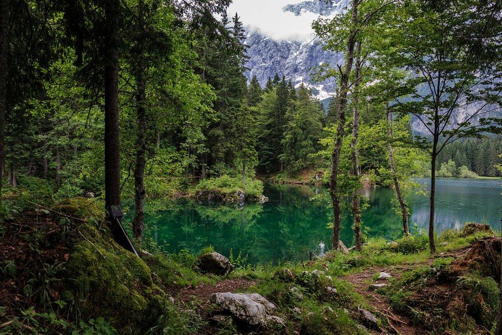 Am oberen See der beiden Laghi di Fusine.