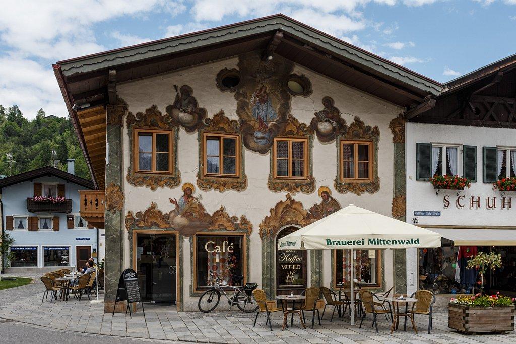 Wandmalerei in Mittenwald